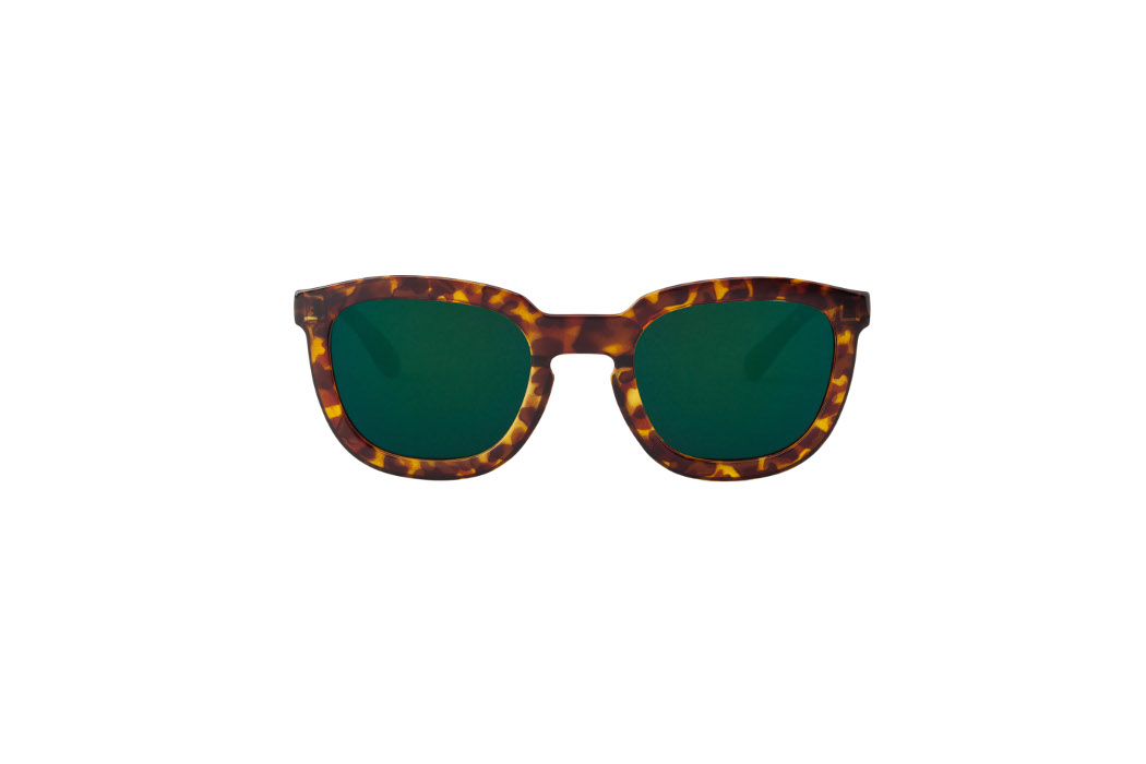 MR BOHO 51 € Cheetah-Tortoise-Lemarais-with-dark-green-lenses copia