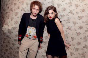 Natalia Dyer y Charlie Heaton, la pareja más cool del momento en Instagram y fuera de él