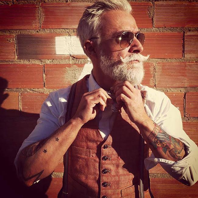ancianos  tatuados2
