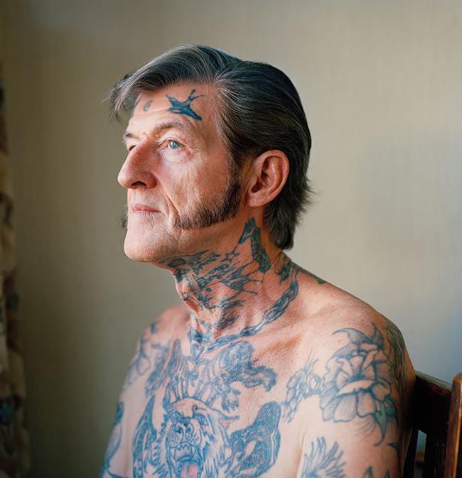 ancianos  tatuados5