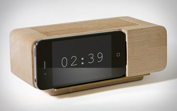 areaware-alarm-dock