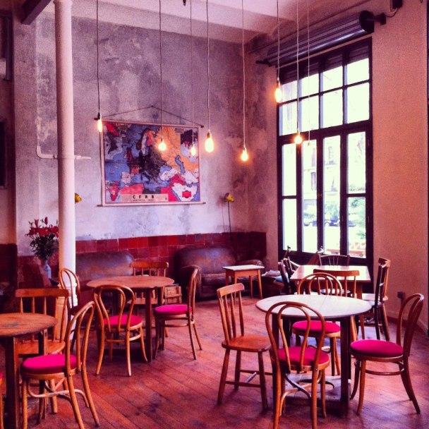 cafeteria-hipster-granja-peititbo-barcelona-1
