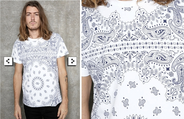 camiseta-urban-outfitters-paisley-blanca