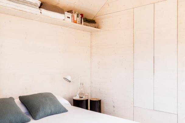 casa-prefabricada-hormigon-para-parejas-4