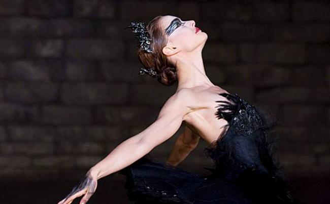 El traje de cisne negro es un disfraz para halloween con el que ir guapa y disfrazada