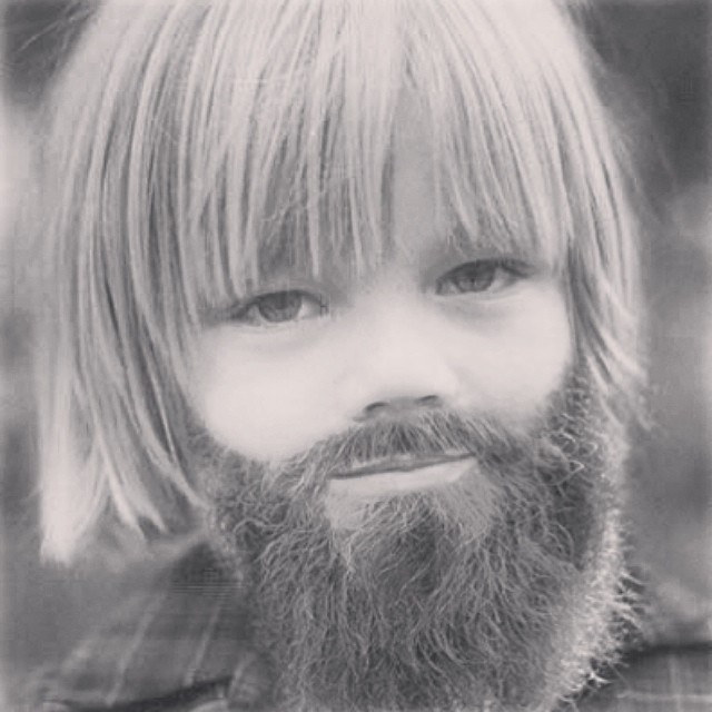 fotos niños con barba  2