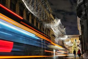 Las luces de Navidad más bonitas del mundo podrían estar en Roma, este el proyecto inspirado en el cine