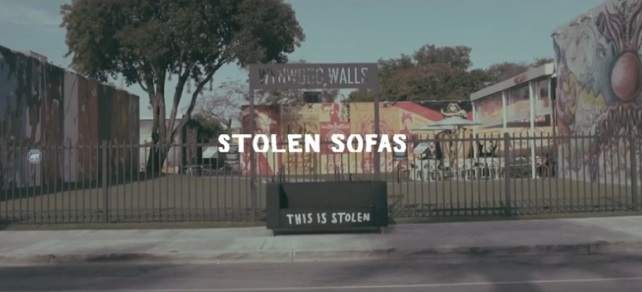 sofa gratis this is stolen rum 2