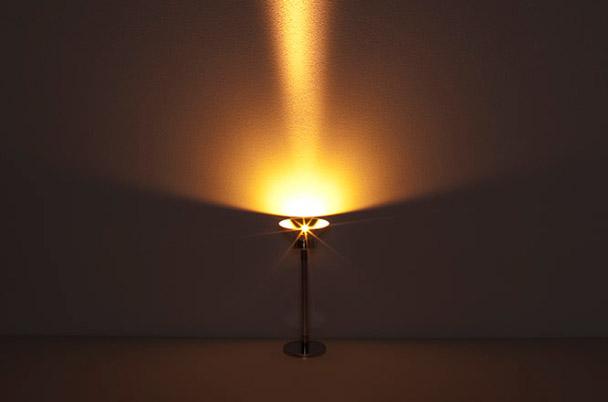 Jacob de baan dise a vlamp el soporte para velas m s original - Soportes para velas ...