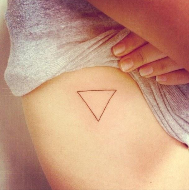 tatuaje-triangulo-hipster-3-