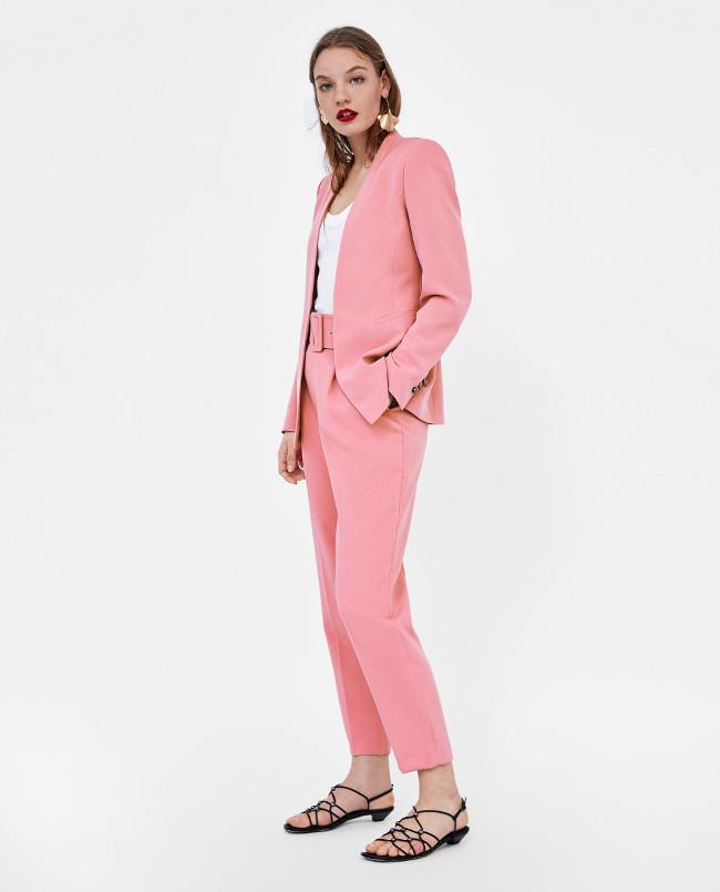 El traje rosa de Zara, la ropa de moda para la primavera