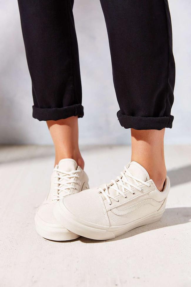 zapatillas blancas deportivas 6