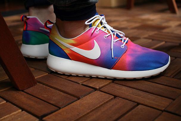 zapatillas-nike-running-roshe-ru-tie-dye-1