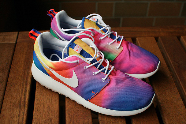 zapatillas-nike-running-roshe-ru-tie-dye-5