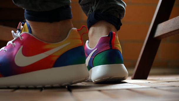 zapatillas-nike-running-roshe-ru-tie-dye-6