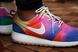 zapatillas-nike-running-roshe-ru-tie-dye-portada
