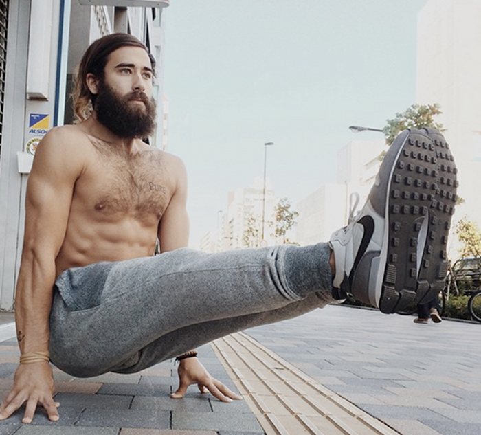 yoga hipster 4